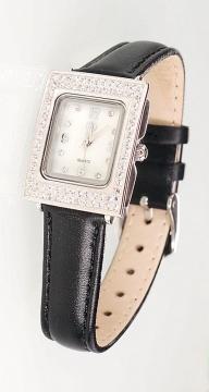 Silberne Uhr